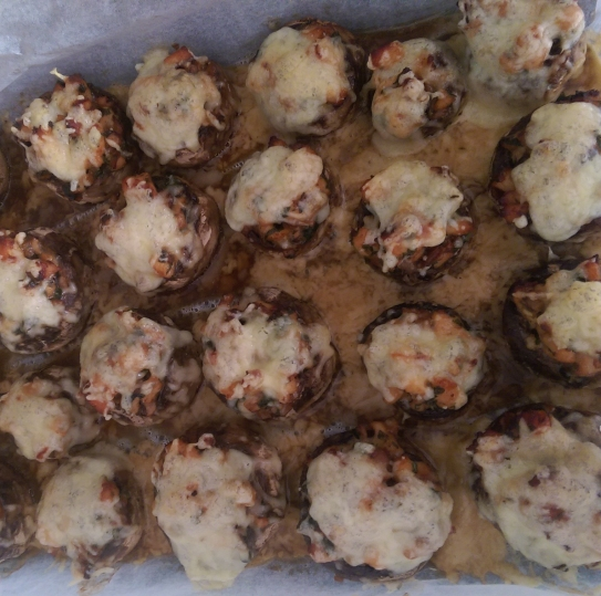 Ciuperci umplute