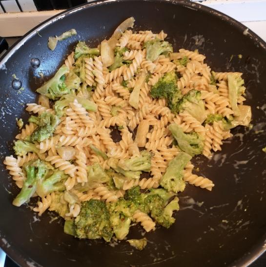 Pasta cu brocoli